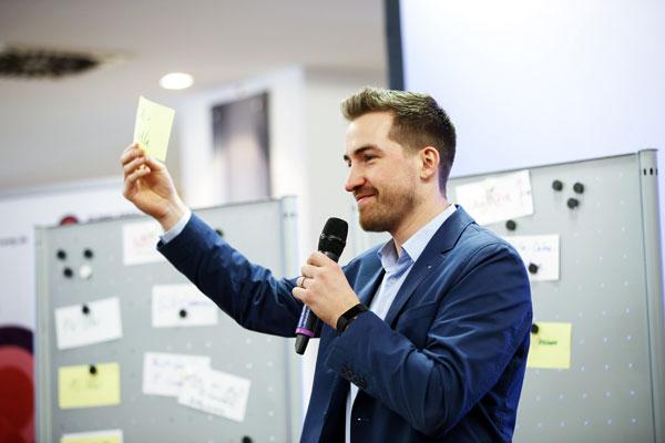 Expert Speaker Stefan Mrozek