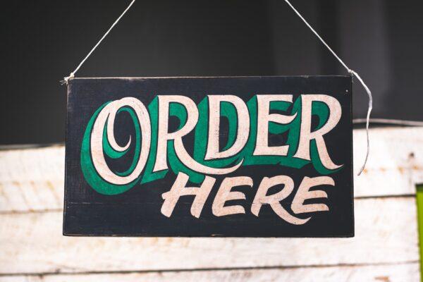 Schild um eine Bestellung aufzunehmen